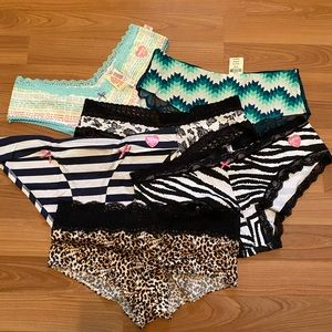NWT Victorias Secret size M panties in prints